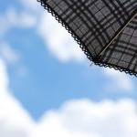 日傘のUVカット効果の期間はどの位持続する?傘の素材でも変わる?