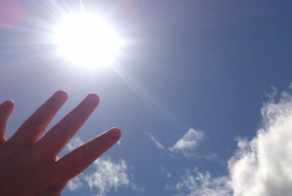 紫外線の目に対する影響