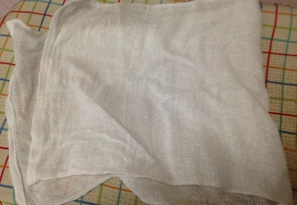 アイロンの当て布として使っているガーゼ