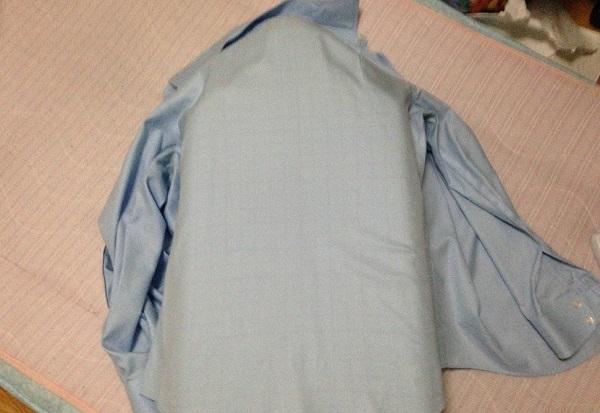 シャツの広い部分