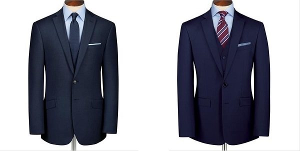 シャツの色と同系色または色を使ったポケットチーフの合わせ方