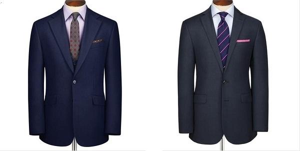 ネクタイの色と同系色または色を使ったポケットチーフの合わせ方