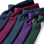 クールビズのネクタイは素材と織り方と軽い作りで選ぶべし!
